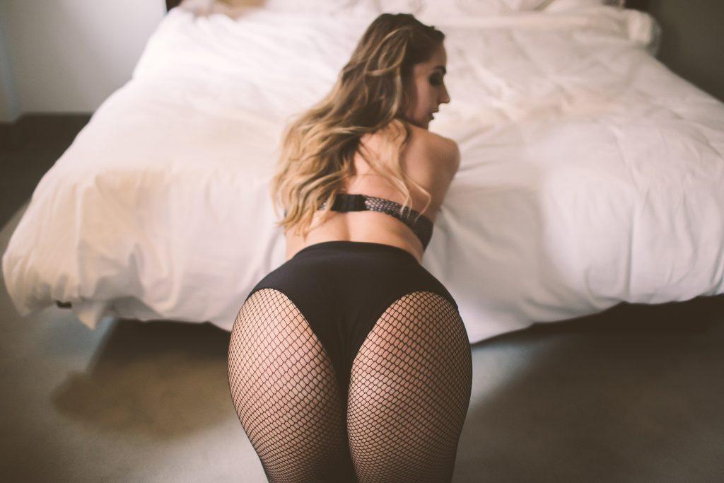 Sexy pose during a boudoir photo shoot