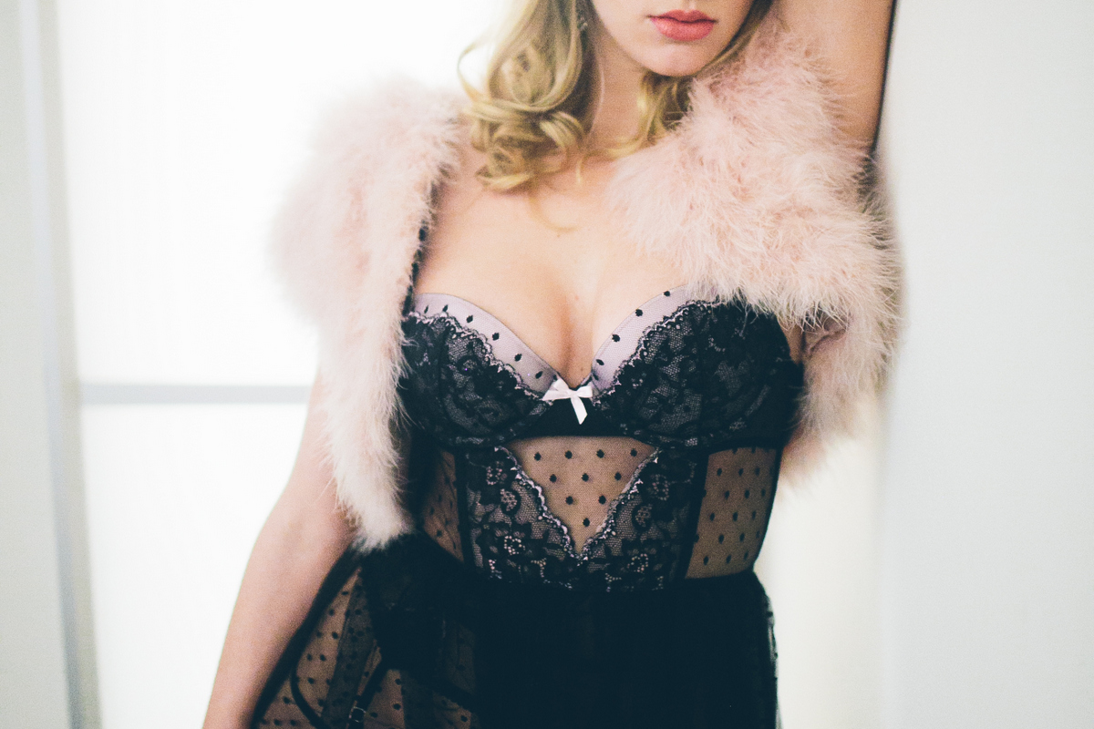 Boudoir-Session-EvgeniaRibinik-NewYork-TaraMarie-0054