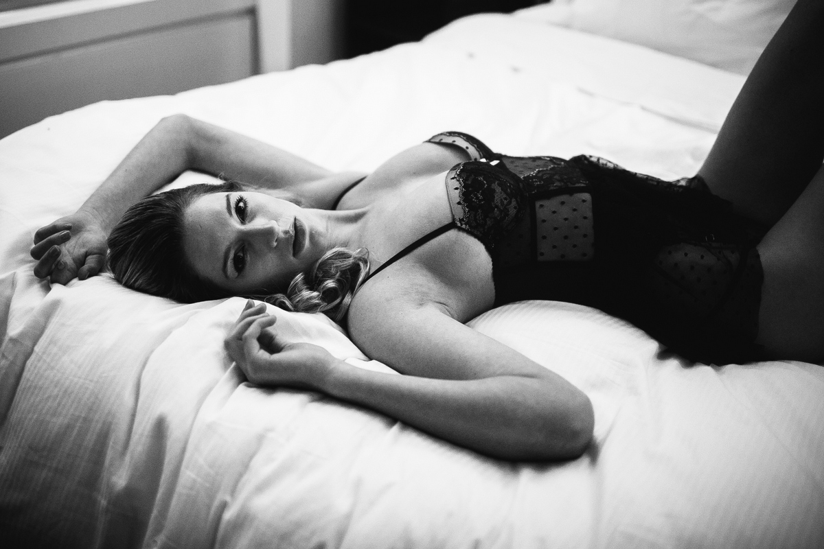 Boudoir-Session-EvgeniaRibinik-NewYork-TaraMarie-0068