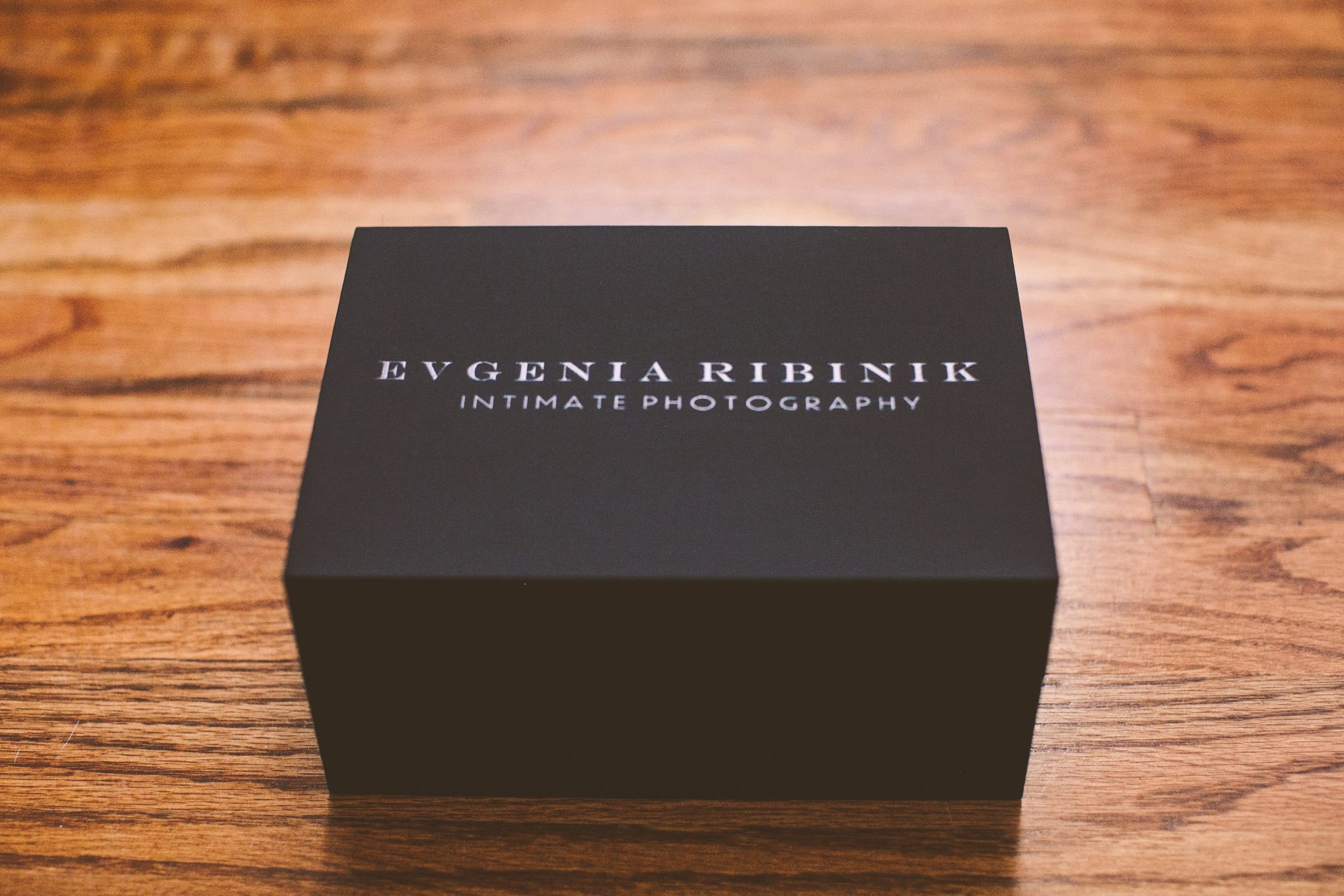 A boudoir prints box sitting on a table