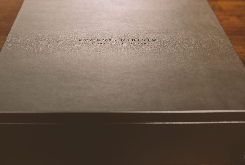 Luxury Folio Box For Boudoir Photos