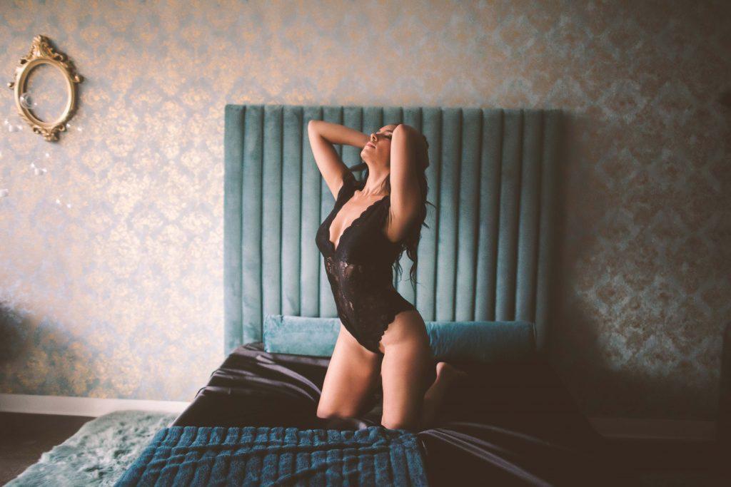 brooklyn boudoir session