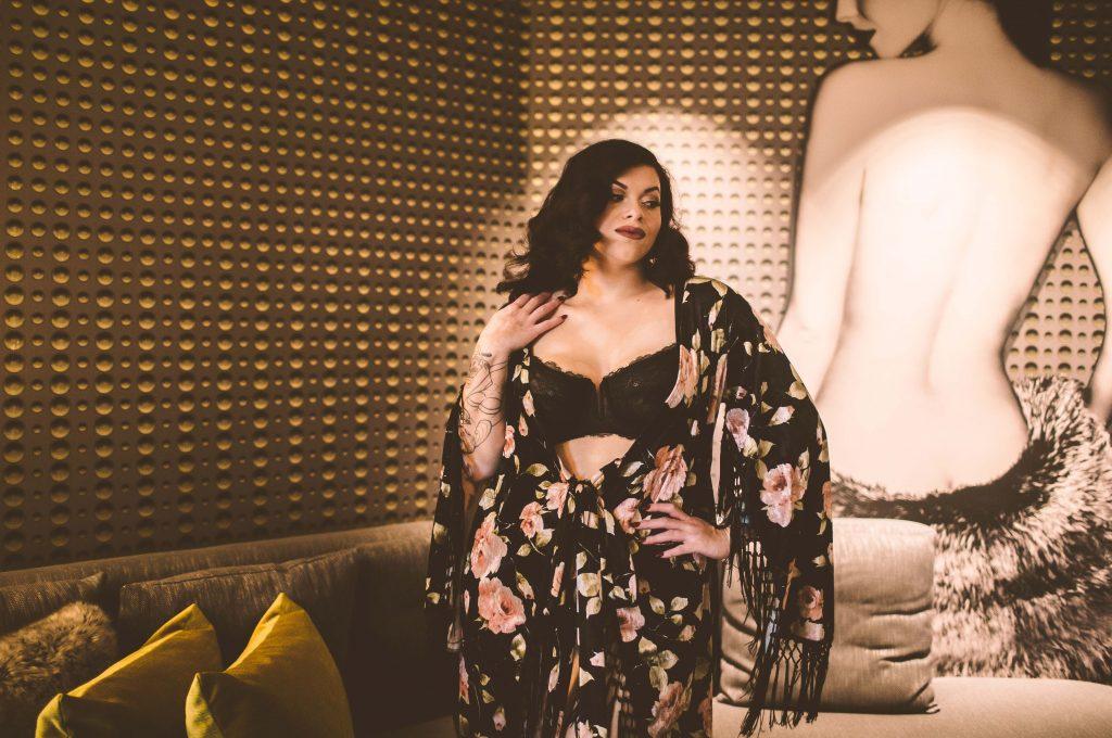 curvy boudoir