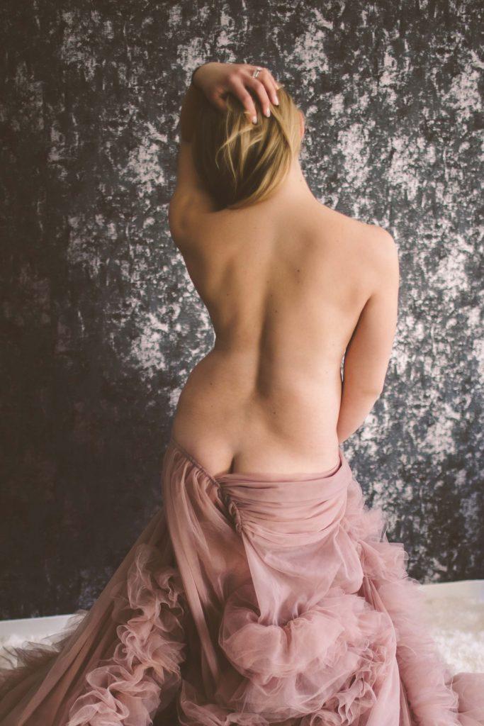 nyc maternity boudoir