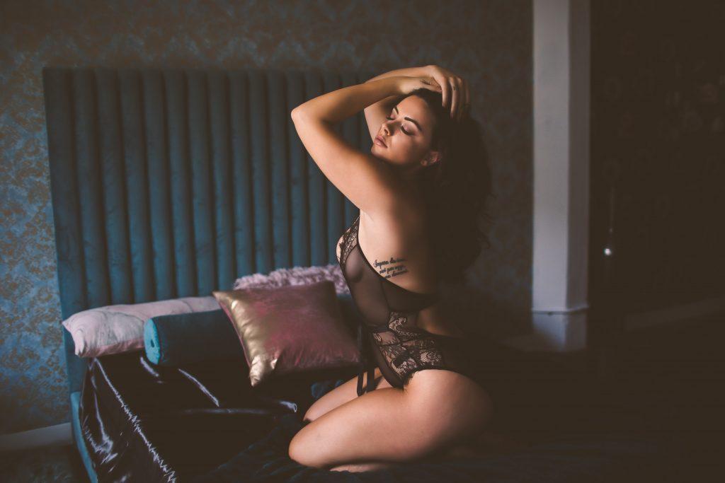 boudoir session ideas